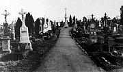 Starý hřbitov ve Zlíně.Hlavní kříž 1938 foto Jožka Baťa