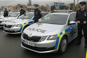 Policie Zlínského kraje získala sedmnáct nových vozidel