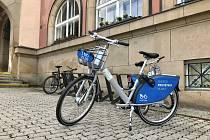Do projektu veřejného sdílení jízdních kol se letos na jaře zapojilo krajské město Zlín: službu tam přivádí společnost nextbike.