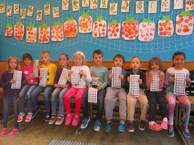 První třída Základní školy Hřivínův Újezd.