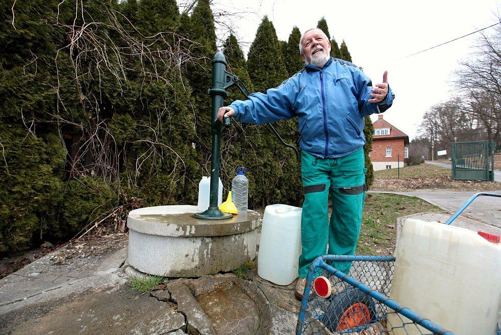 Aleš Hába je zahrádkářem v zahrádkářské kolonii Burešov ve Zlíně už od roku 1984; sobota 27. března 2021