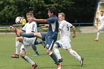 Fotbalisté Slavičína (v tmavých dresech) ve 28. kole Fortuna divize E prohráli s Ústím 3:4 a v tabulce zůstali sedmí.
