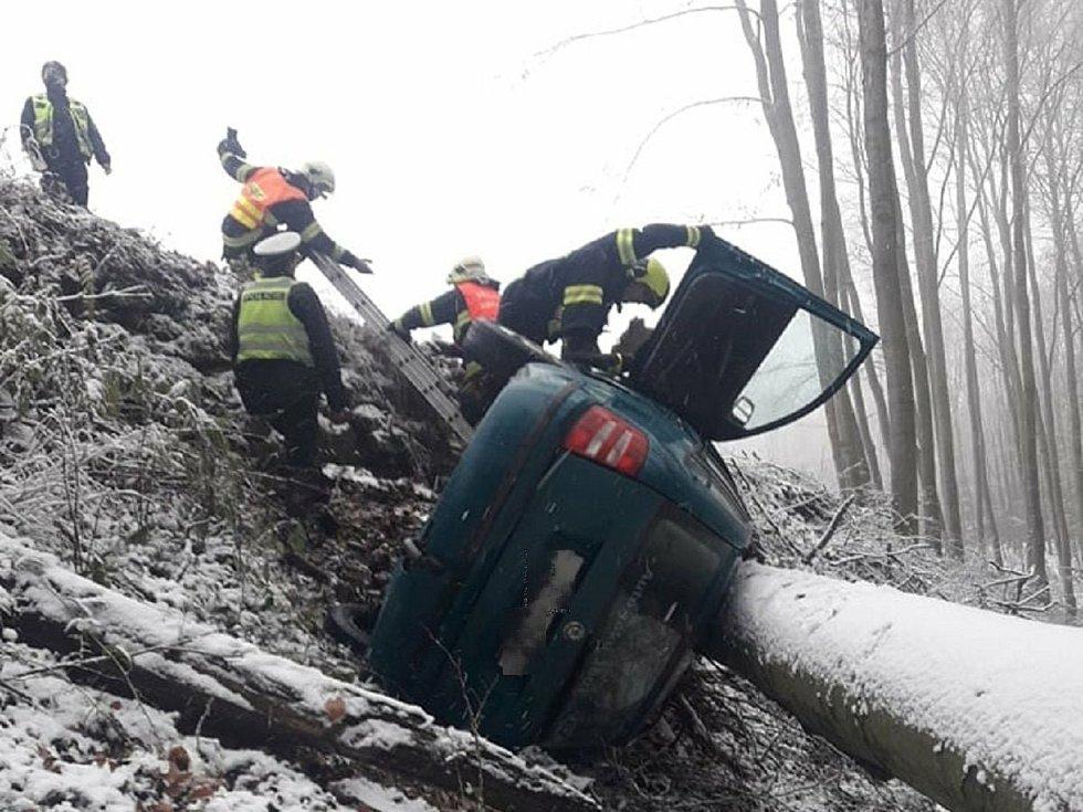 Autonehoda ve Vizovicích, 29. listopadu 2020.