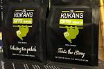 Příběh kávy, která chrání přírodu k zakoupení v Kukang kavárně v Ústí nad Labem.