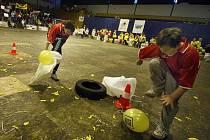 Ve zlínské sportovní hale Euronics ve čtvrtek 9. prosince soutěžili žáci ze základních škol v netradičních disciplínách. Zlínský vorvaň se letos konal už po jedenácté.