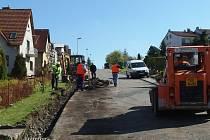 Pozlovice opravují silnice