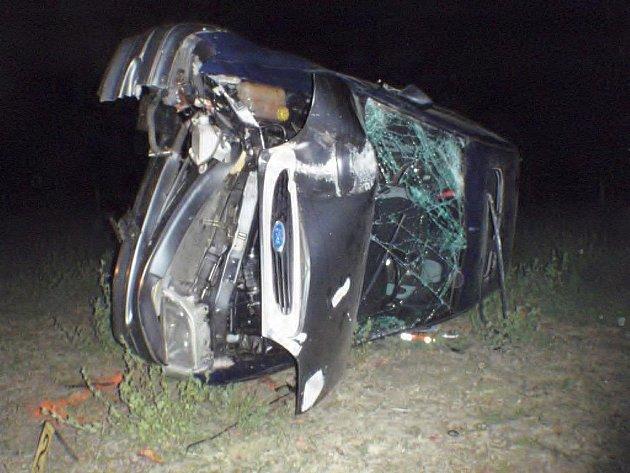 Nehoda osobního automobilu u Kvasic.