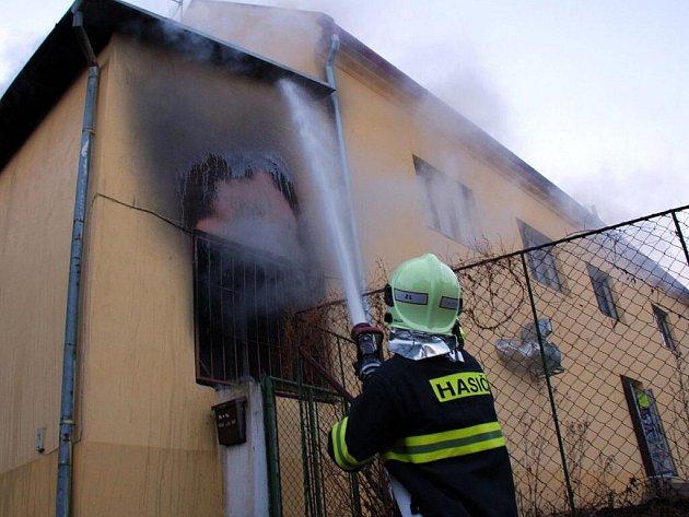 Požár v klubu U Tetoura