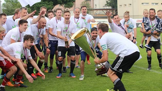 Fotbal finále FK Luhačovice - FC Morkovice