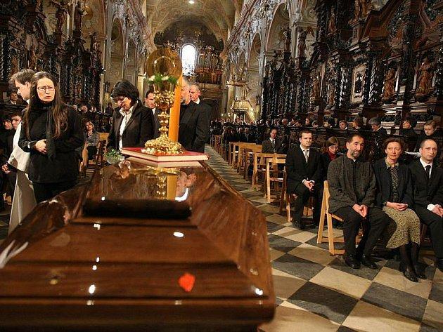 Poslední rozloučení s kardinálem Tomášem Špidlíkem se konalo 30. dubna na Velehradě. Mši sloužil arcibiskup Jan Graubner.