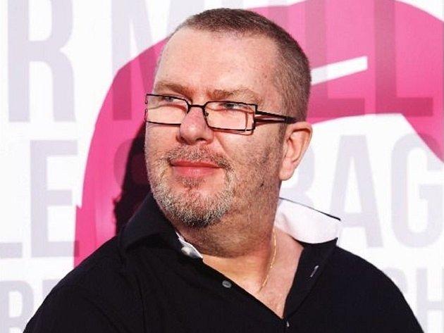 NA TISKOVÉ KONFERENCI. Richard Müller představil novinářům CD Hlasy v září.