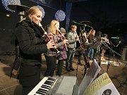 Program na náměstí Míru ve Zlíně před akcí Česko zpívá koledy