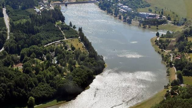 Luhačovická přehrada.