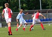 Fotbal McDonlads Cup. Krajské kolo Vršava Zlín. ZŠ Slovan Kroměříž (červeno bílý) - ZŠ Komenského Zlín starší