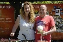 Jubilejním 16 000 000. návštěvníkem ZOO Zlín se stala paní Lucie Trentinová z Brna společně se svým přítelem Jaroslavem a dvouletou dcerou Anetkou.