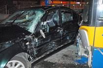 Pomoc hasičů po dopravní nehodě v centru Zlína