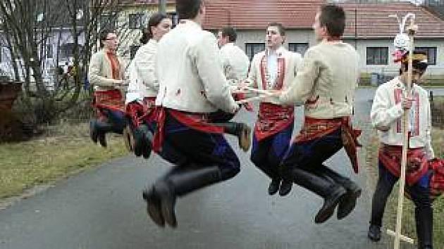 Tanec Pod šable.