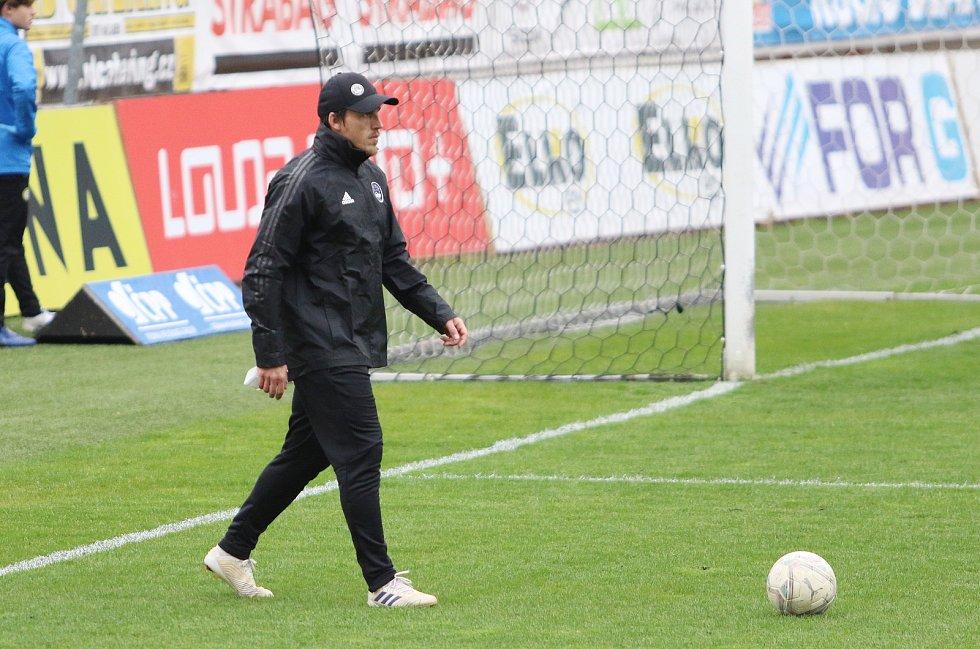 Trenér Jan Jelínek v závěru sezony doplnil realizační tým zlínského Fastavu.