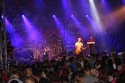 Narozeninový Megakoncert kapely Reflexy na otrokovickém Štěrkáči. Mezi hosty byla kapela Argema, Alžběta Kolečkářová i slovenská kapela Heleniné oči.