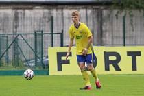 Osmnáctiletý obránce Fastavu Zlín Patrik Kulíšek si zahrál za reprezentaci do devatenácti let.