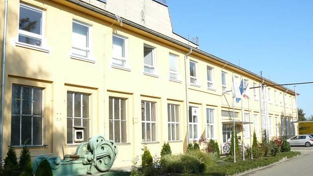Zlínská kovárna Viva koupila podnik Alper v Prostějově