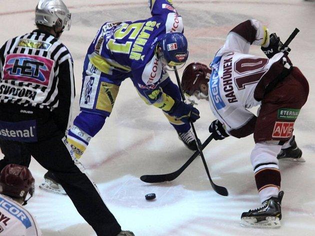 Hokejisté Zlína proti Spartě