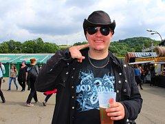 Na metalu vyrůstal odmalička teď už osmadvacetiletý Robert Šlapa, který přijel na Masters of Rock s kamarády z Královéhradecka.