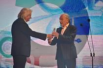 Karel Gott převzal 1. června 2019 ocenění Zlatý střevíček na Zlín Film Festivalu ve Zlíně.