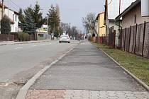 Chodník v Cyrilometodějské ulici projde rekonstrukcí a dostaví se i nový úsek