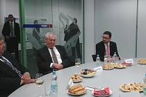 Prezident Miloš Zeman v kovárně VIVA