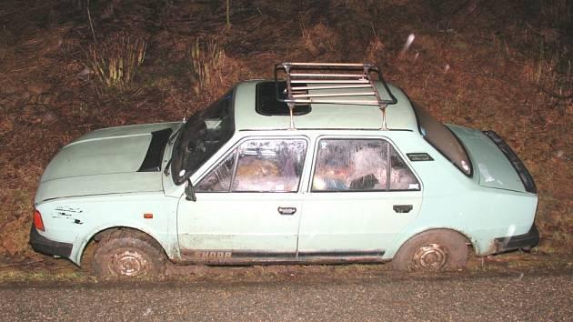 Šofér s více než čtyřmi promile alkoholu v krvi havaroval 7. března mezi obcemi Klečůvka a Veselá na Zlínsku.
