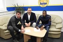 Fotbalisty Zlína před odletem na soustředění do Turecka posílil africký stoper Jonathan Kabasele Bijimine.