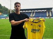 Sedmadvacetiletý útočník Alexander Jakubov (na snímku) podepsal ve Zlíně smlouvu na tři roky.