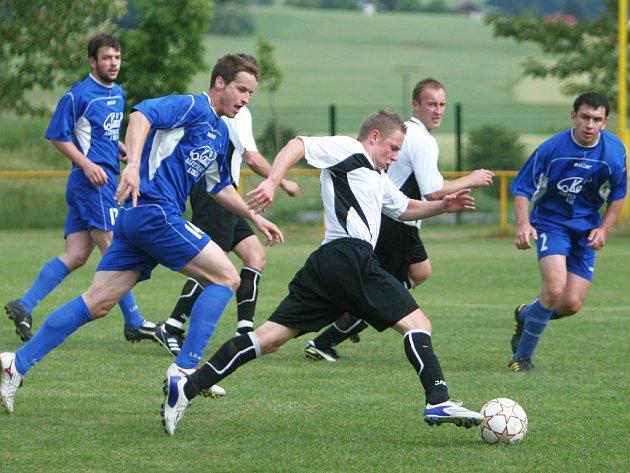 Fotbalisté Lukova proti Hutisko. Ilustrační foto