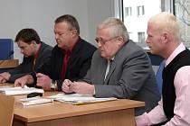 Zlínští strážníci byli odsouzeni za neposkytnutí pomoci na 7 měsíců s podmíněným odkladem na 16 měsíců. Rozsudek není pravomocný.