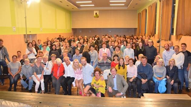 Diváky v Lípě pobavila divadelní komedie Hexenšus