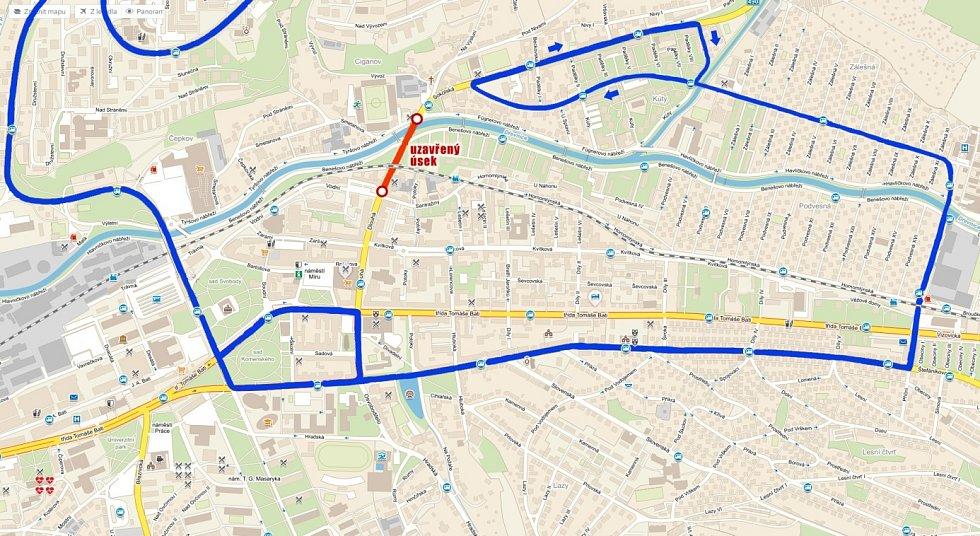 Trasa linky 9 během sobotního Festivalového půlmaratonu