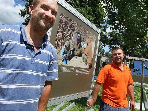 Výstava snímků českých vojáků na zahraniční misi v Afganistánu