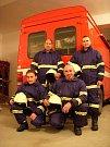 SDH Spytihněv - V hořícím domku pomáhali odvětrávat kouř, aby zvýšili viditelnost v centru požáru