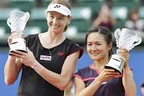 Tenistka Renata Voráčová  slavila úspěch ve čtyřhře s Shuko Aoyamaovou