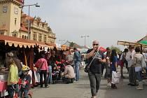 Masarykovo náměstí navštívíli o Jarních slavnostech spousty lidí