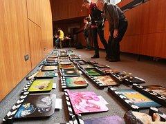 Film fest Zlín 2012 Aukce filmových klapek.