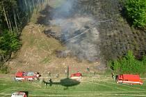 Pomoc hasičů u požáru ve Zlíně - Lhotce.