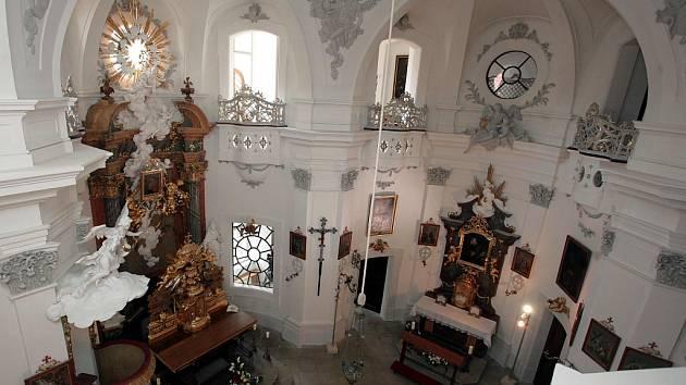 Zámecká kaple Panny Marie Matky dobré rady na Vizovicích.