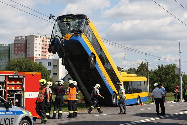 Havárie trolejbusu vOtrokovicích.