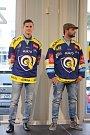 Po fanoušcích představili zlínští hokejoví berani nové dresy i obchodním partnerům.
