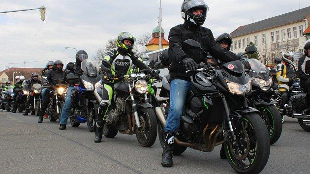 Motorkáři v Otrokovicích zahájili sezonu