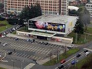 BUDOVA KINA. Ve Zlíně stojí od roku 1932.