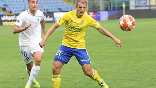Fotbalisté Zlína (ve žlutých dresech) ve 3. kole FORTUNA:LIGY hostili Slovan Liberec. Na snímku Josef Hnaníček (ve žlutém dresu).