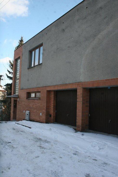 Dům ve Zlíně, kde měl má být stále i přes obvinění provozovatele z kuplířství nevěstinec.